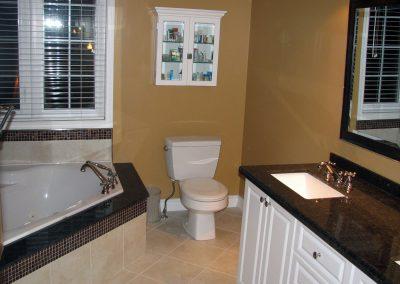 Bathroom 010_a